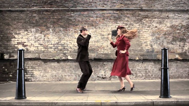 100 YEARS / STYLE / EAST LONDON 100 Years Of Fashion In 100 Seconds - Enhanced w/music, dance. I want to pause and look at each outfit. http://9gag.tv/v/2463 via @9gagtv