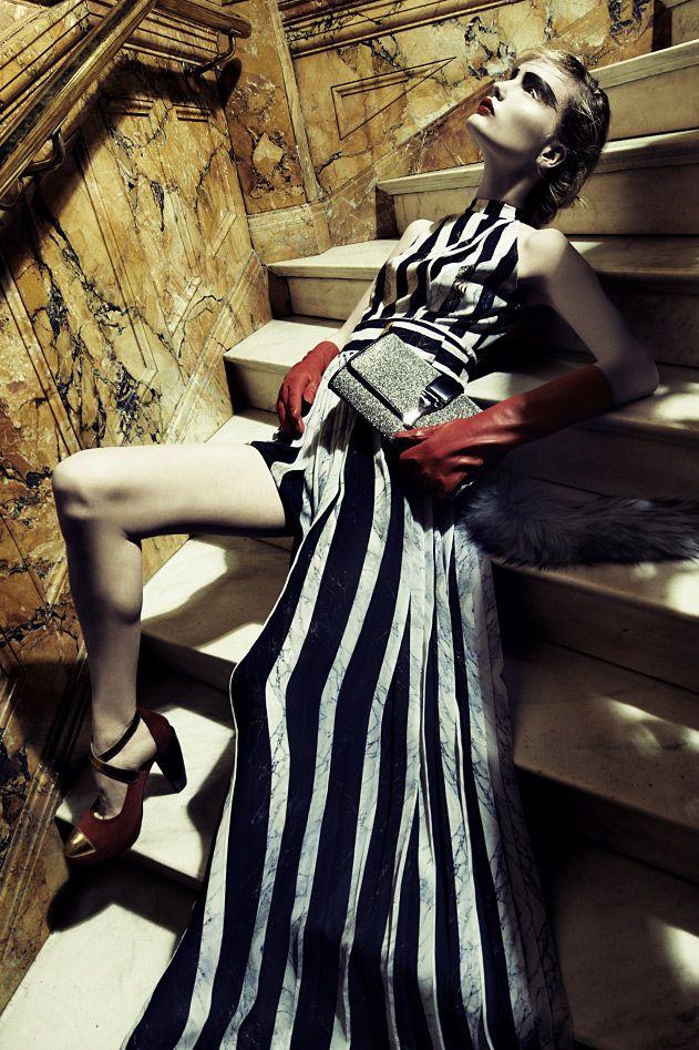 Yves Saint Laurent v