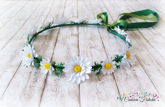 Handmade  Bridal  Floral  Headband  Daisy by CadouriFistichii