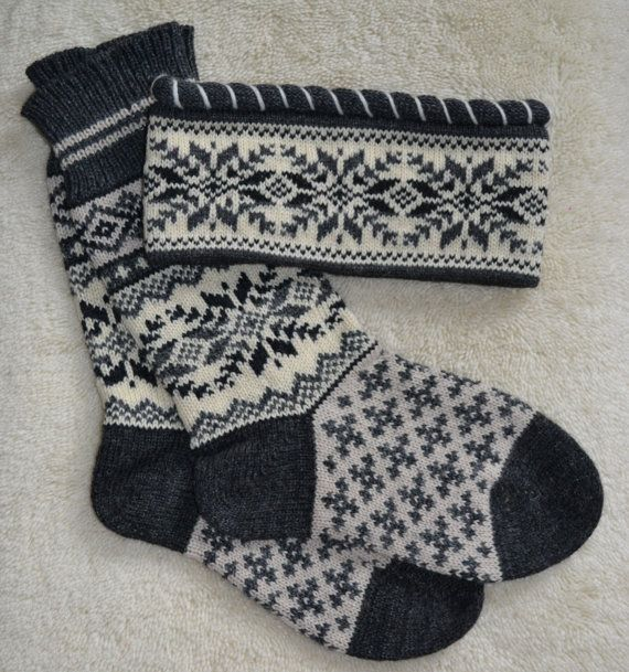 Norwegian Scandinavian Hand Crafted 100 wool by NordicStarStudio, $45.00