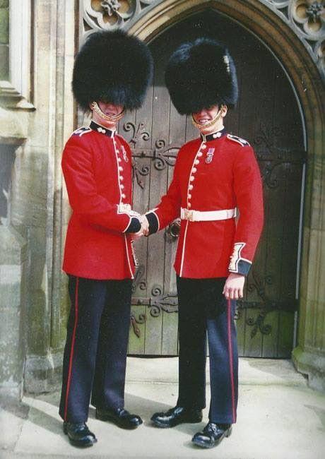 British Royal Guard Uniform 3