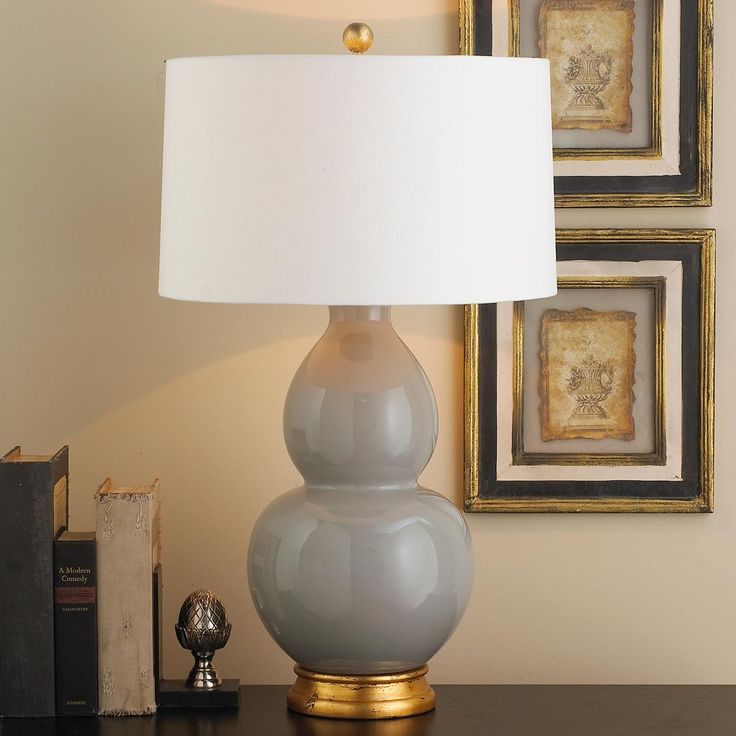 Traditional Bedroom Lamps