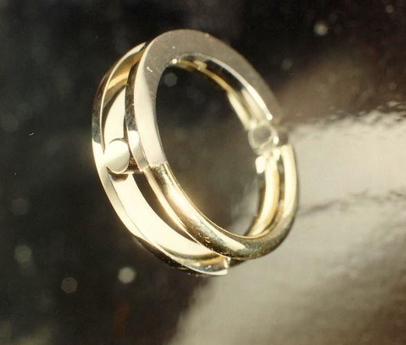 Afbeeldingsresultaat voor trouwringen vermaken tot een ring