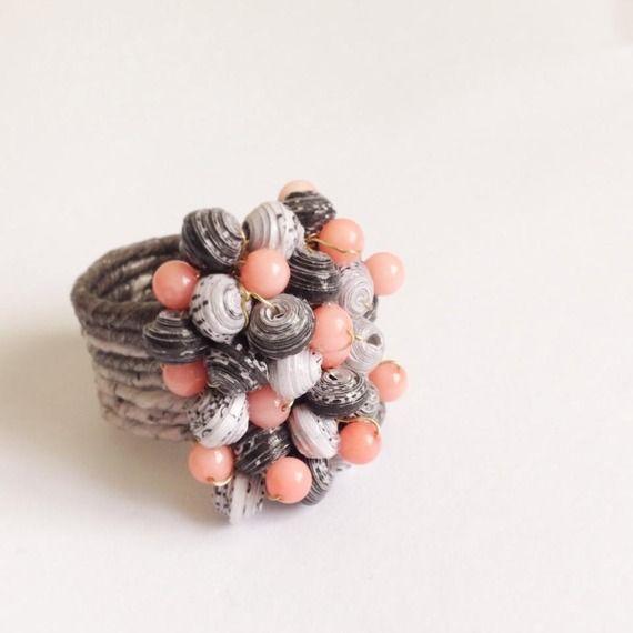 """""""Rummy Pink Coral"""", anello di carta"""