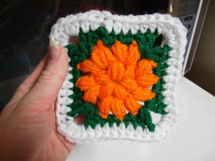 Crochet Zinnia Flower Pattern : 1000+ images about Crochet Granny Squares on Pinterest ...