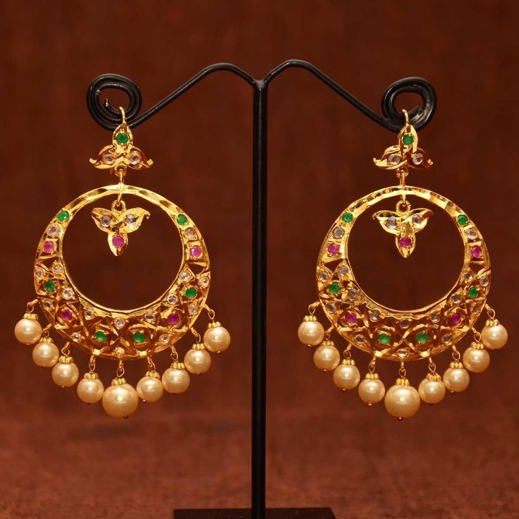 Ram leela chand bali earrings http://a-wedding-planner.blogspot.com/2014/06/kundan-polki-chand-bali-jhumkas-kundan.html