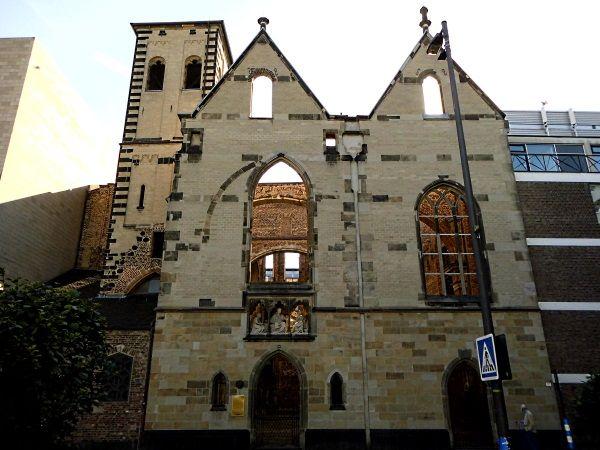 Kölner Ecken: Die Ruinen von Alt St. Alban - Gedenkstätte für die Toten der Weltkriege