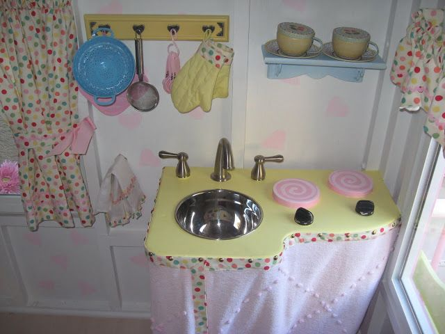 17 best ideas about playhouse decor on pinterest for Playhouse kitchen ideas