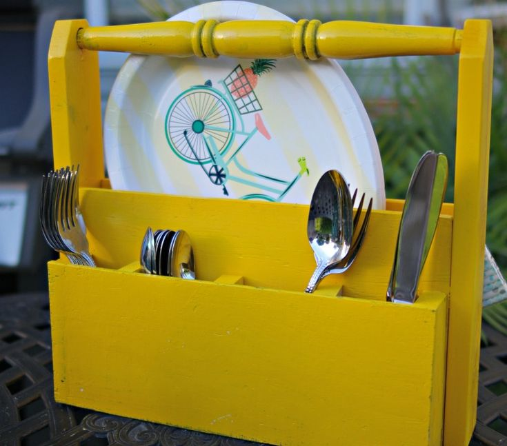 DIY Picnic Caddy. See how I made a picnic caddy out of scrap wood, wood glue, and brad nails.