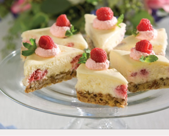 From TEA TIME magazine!! Looks so tasty and pretty. Let's have a TEA PARTY!!