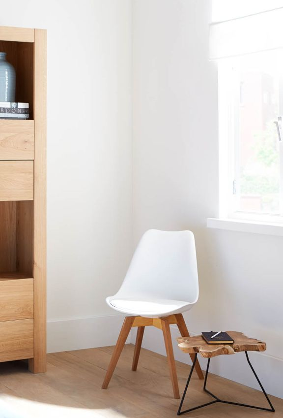 Houd jij van de Scandinavische stijl? Dan is deze stoel iets voor jou!