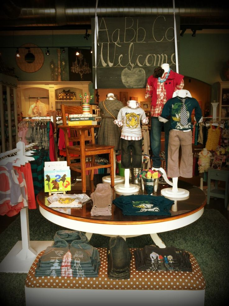 15 best back to school window display ideas images on for Table top display ideas