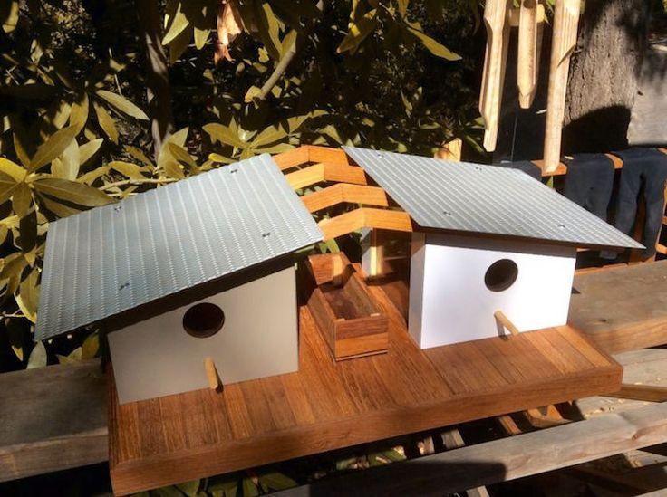 Colivii simpatice pentru păsări inspirate de construcțiile unor arhitecți celebri | CasaMea.ro