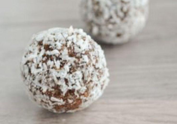 Suikervrije bonbons met Dadels, Cacao & Amandelen, Bliss Balls