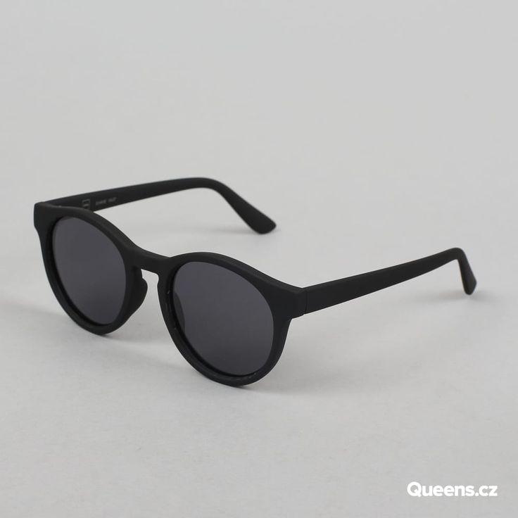 MD Sunglasses Sunrise černé / šedé za 790 Kč: Klasické sluneční brýle od značky MD vstylovém kulatém provedení sčernými obroučky a šedivýmiskly.