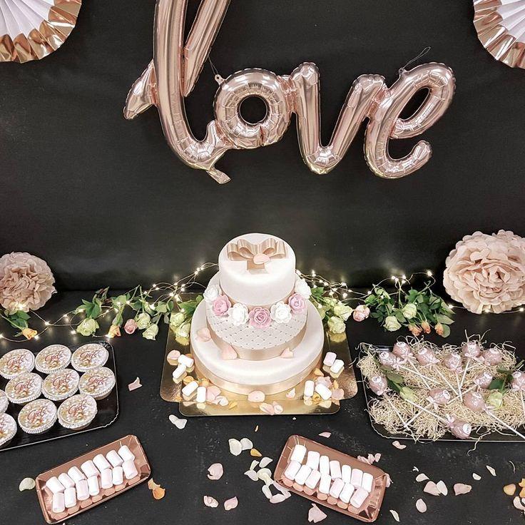 """210 mentions J'aime, 13 commentaires - Les Mamans Winneuses (@lesmamanswinneuses) sur Instagram: """"Note à moi-même : Pour être heureuse, il faut de l'amour, une jolie décoration et un bon gâteau 😄…"""""""