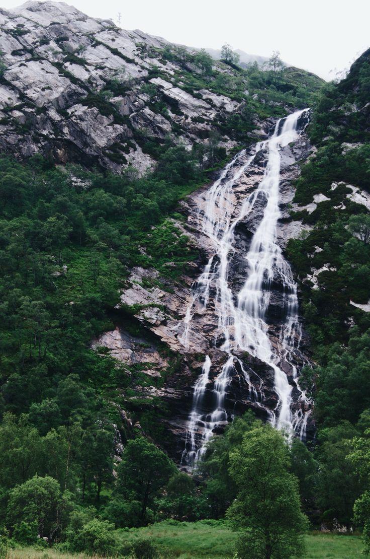 Waterfall ✻ • Nouw.com/rakeles