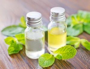 Cosmetici fai da te con l'olio essenziale di menta