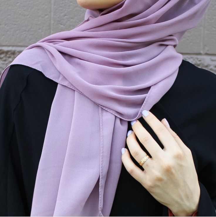 Luxurious chiffon hijab from www.thehijabcity.com. More colors are available.