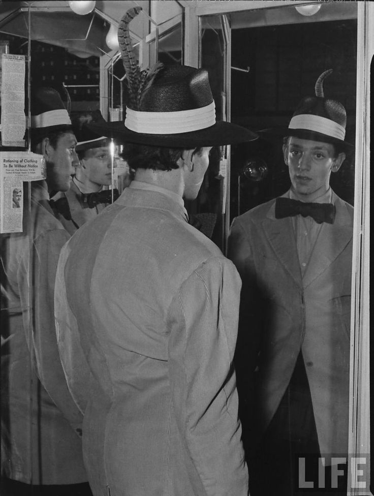 Youknow thezootsuit. It's the suit that bad guys are usually wearing in comicalmid-century gangster movies, but there's much moreto this story than a stereotype.In the 1940s and50s,zoot suits were wornby Mexican-American hipsters who embraced the flamboyant oversized style of dress toexpre