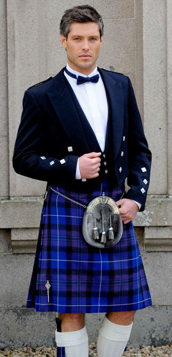 Love the blue kilt (and the guy wearing it, of course!).