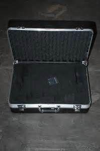 Search Foam lined camera case. Views 135236.