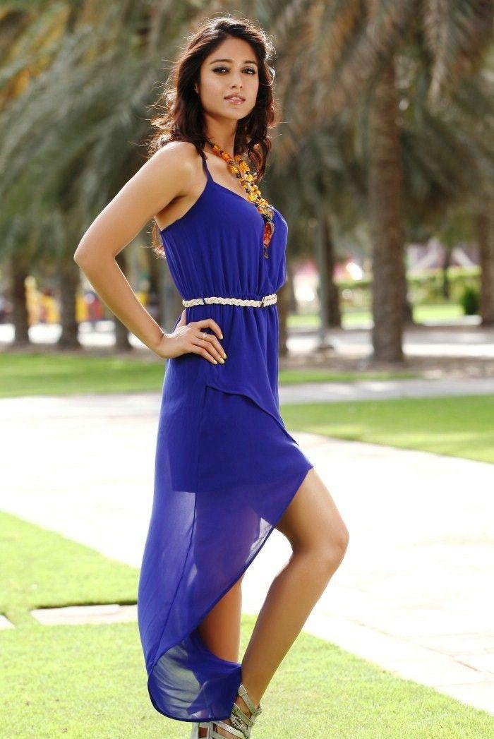 Ileana d cruz blue dress teal hat