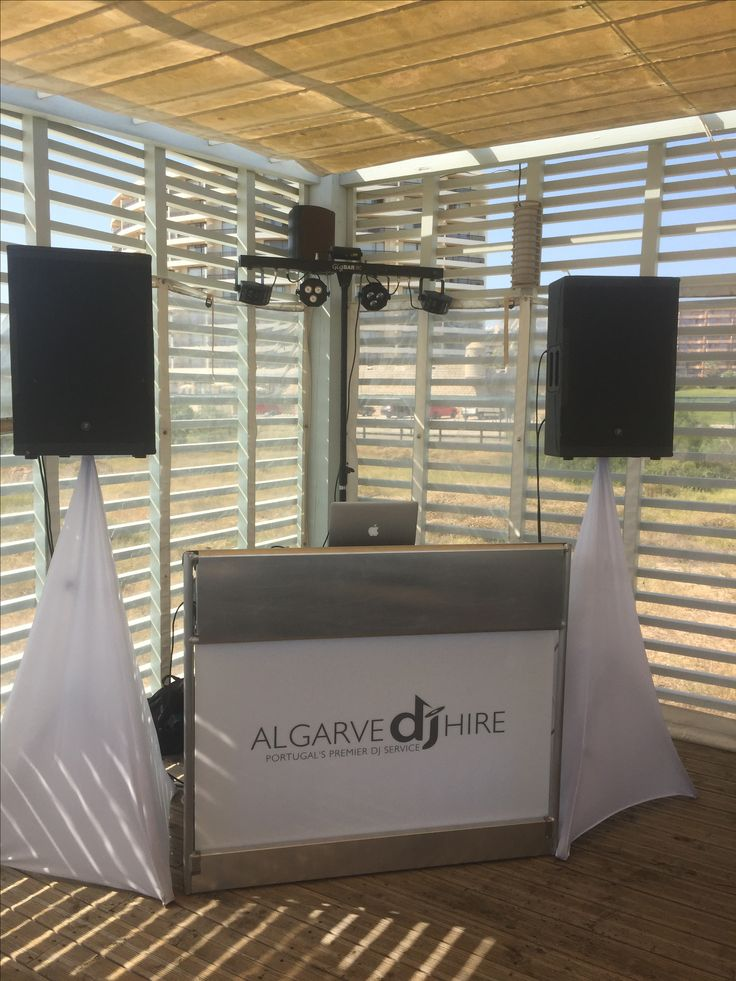 Setup for a white party on the beach at O Retiro Vilamoura Portugal www.algarvedjhire.com