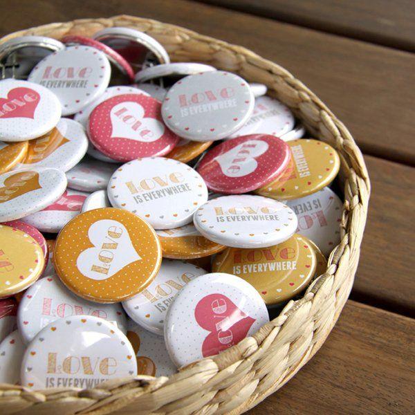 Badges personnalisés / Personnalized badges