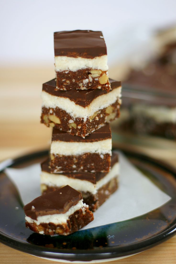 Vegan Nanaimo Bars (coconut flour, unsweetened coconut, dates)
