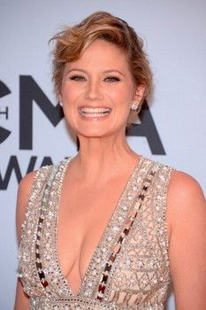Jennifer nettles haircut images haircuts for men and women jennifer nettles haircut the best haircut 2017 charlize theron red carpet hair and hairstyles british vogue winobraniefo Gallery