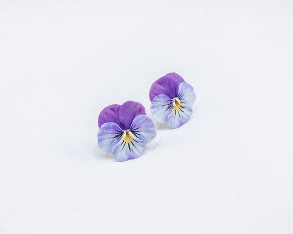Pansy Stud Earrings Realistic Flower Earrings Blue Purple Pansy Floral Earrings Polymer Clay Flower Polymer Clay Flowers Pansies Flowers
