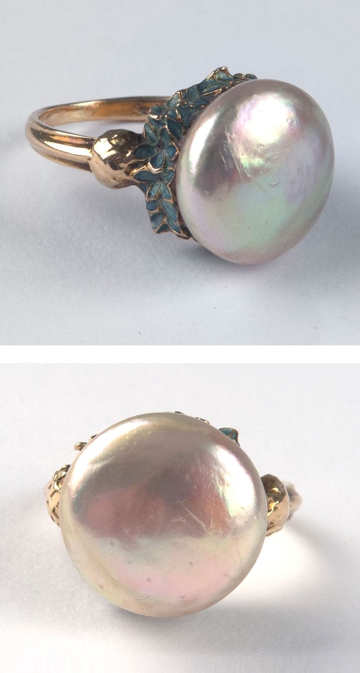 René Lalique - An Art Nouveau gold, enamel and pearl 'Bleuets' ring, 1903-05. Signed: LALIQUE. #Lalique #ArtNouveau #ring