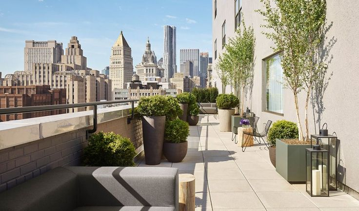 11-howard-architecture-rooftop-terrace-city-view-M-01.jpg 920×540 Pixel
