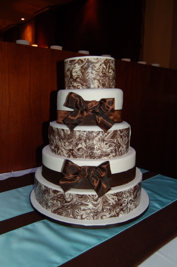 12 Best Images About Chocolate Wrap Cake On Pinterest