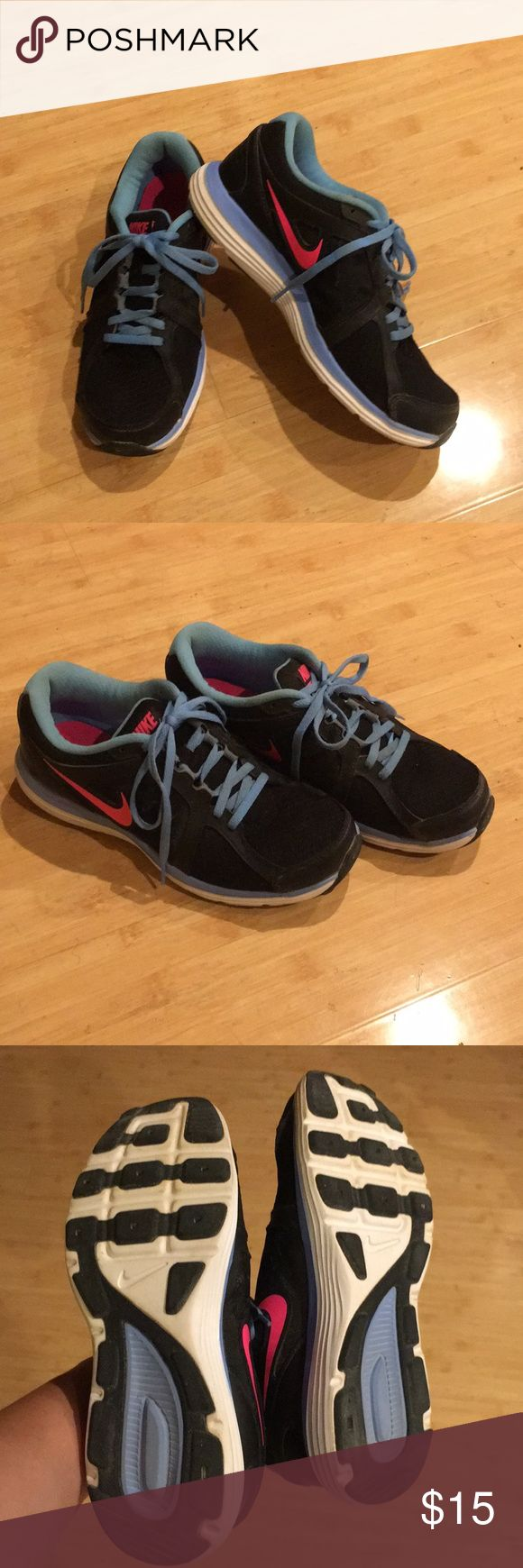 NIKE Dual Fusion rubber shoes in great condition. NIke Dual Fusion in great condition. Size 6.5 Nike Shoes Athletic Shoes