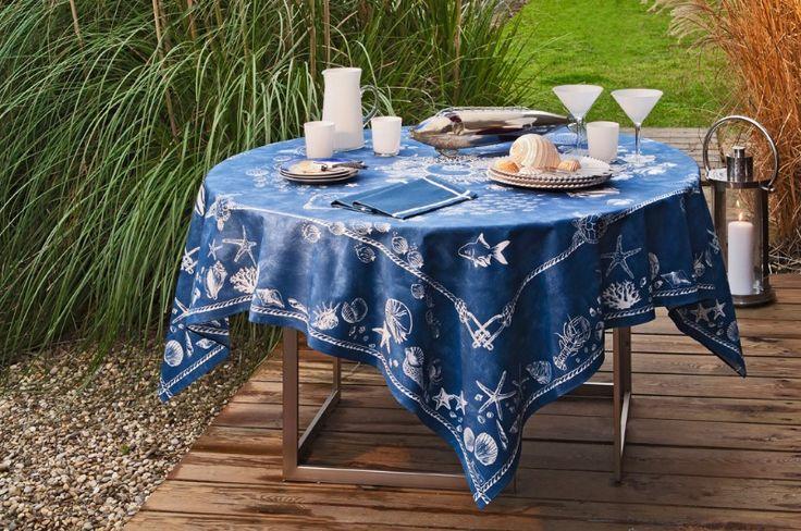 яркая синяя с морскими звездами и коньками скатерть beauville украсит любой стол