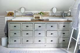 Bilderesultat for baderomsmøbler landlig stil