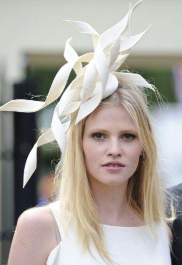 Lara Stone, Races Day Hair. Horse Races, Blonde Hairstyles. Long Hair. Models. Ladies Day.