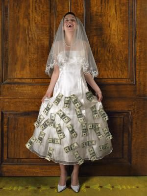 Wedding Money Dance: An Anticipated Reception Tradition