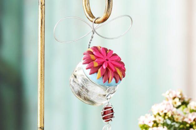 Tarro de cristal hecho en casa colibrí alimentador