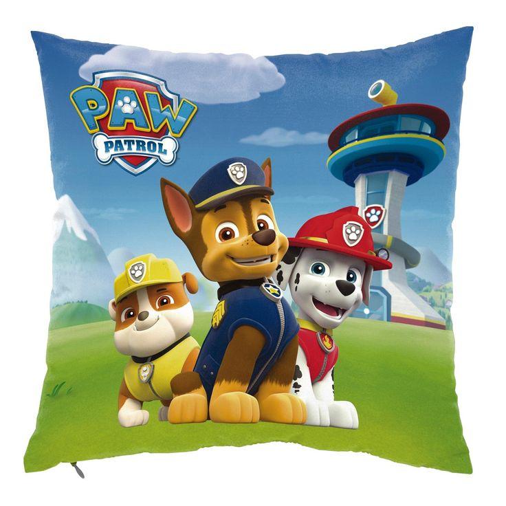 Marshall, Chase en Rubble zijn knuffelhelden! Leg dit super zachte Kussen van Paw Patrol op je bed, ga er lekker op liggen en knuffel ermee! Afmeting: kussen 35 x 35 cm - Kussen Paw Patrol