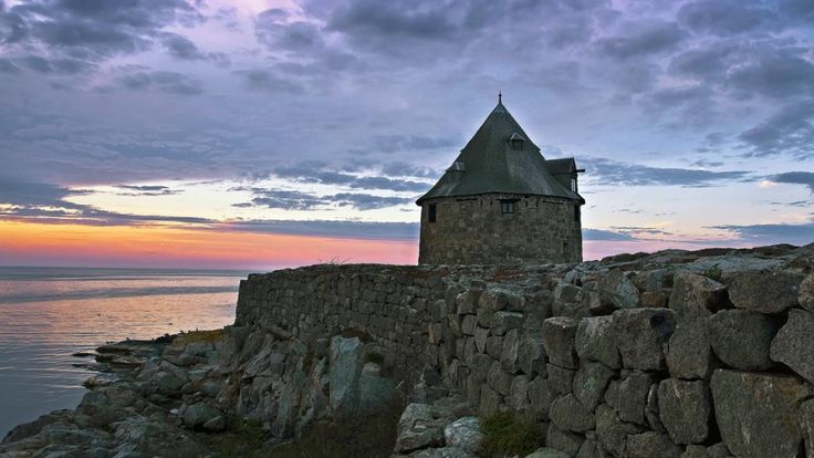 Frederiksø - Frederiks Island just North of Bornholm #frederiksø #bornholm #history