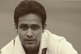 """emraan-hashmiBollywood actor Emraan Hashmi presented the first look of """"Azhar"""" to cricketer Mohammad Azharuddin, who is celebrating his 53rd birthday today. Mr X star presented the first look of """"Azhar"""" to cricketer Mohammad Azharuddin, who is celebrating his 53rd birthday today. The 36-year-old actor, who will be portraying the lead role in the film, took to Twitter to wish the...  Read More"""