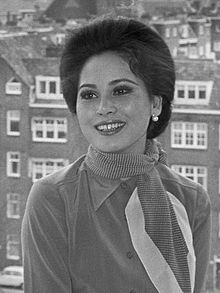 Ratna Sari Dewi Sukarno (1970).jpg