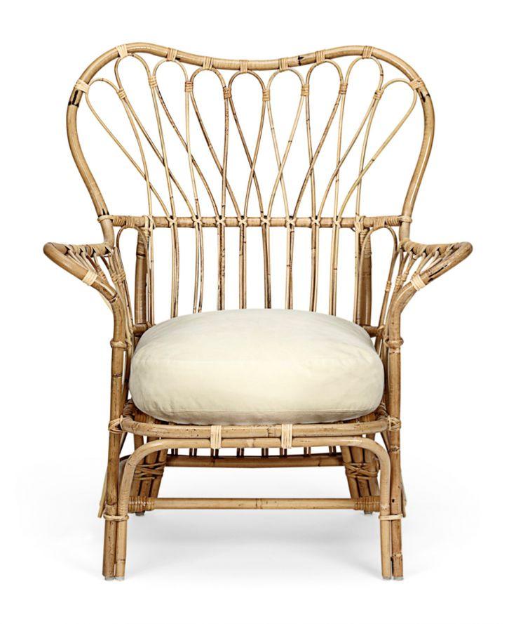 En annen rottingklassiker er Josef Franks rottingstol designet på 30-tallet. Luftig, myk og vakker i formen. Produsent er Svenskt Tenn.