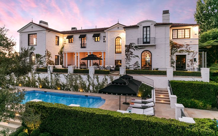 Georgian Estate, a Luxury Home for Sale in Los Angeles, California Los Angeles County - | Christie