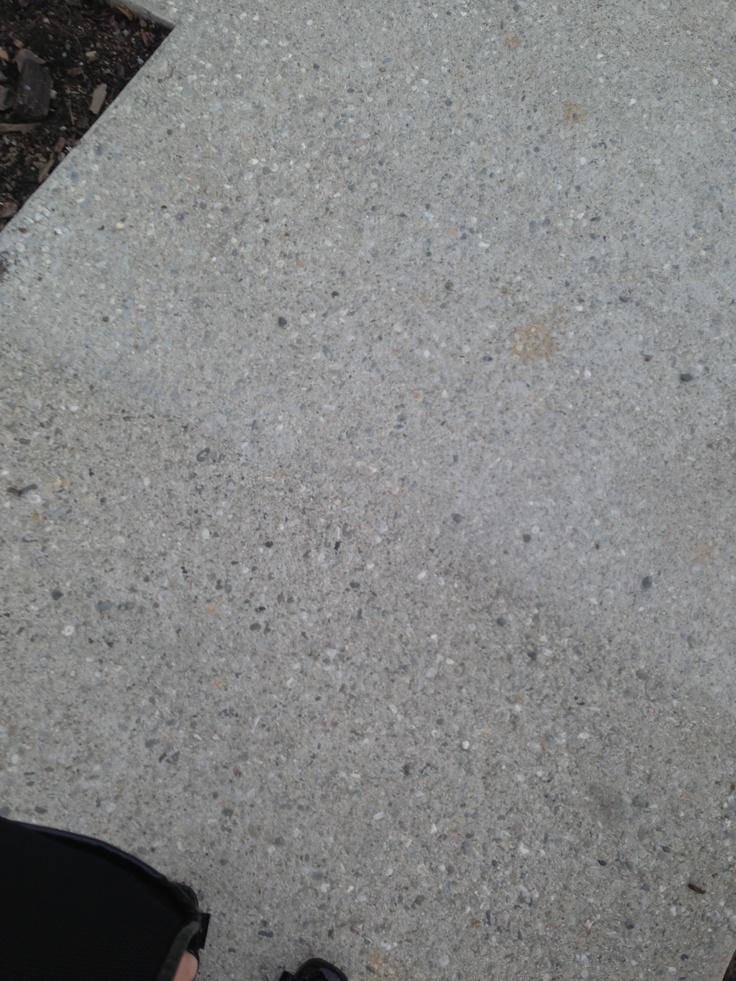Pitches store concrete