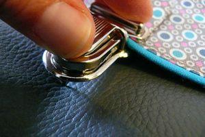 Tuto pour poser des attaches cartables. Blog cousetteszebullon