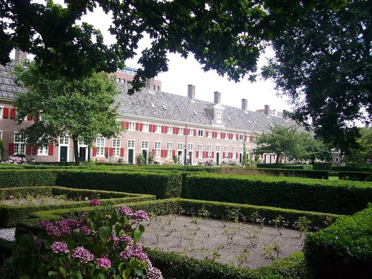 The Hague / Den Haag / La Haye (Zuid-Holland) - Hofje van Nieuwkoop